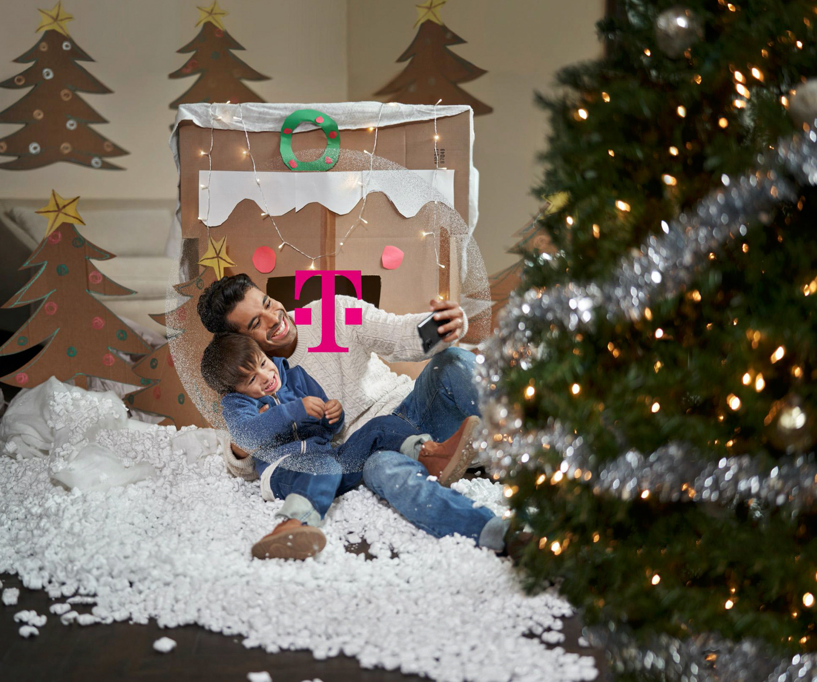 Copeland-TMobile-Holiday-2020HR-6